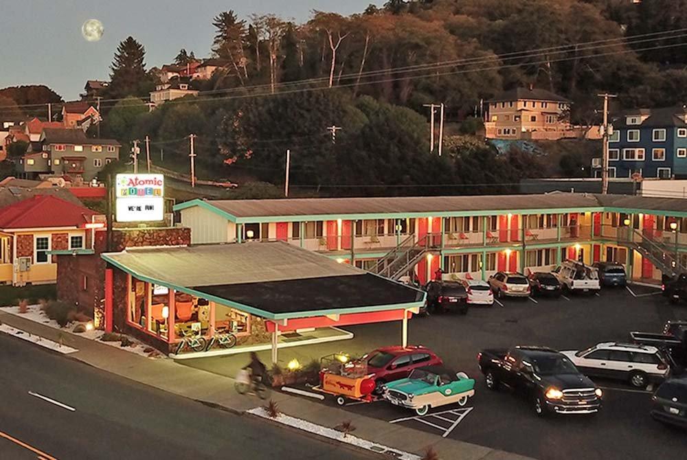 Atomic Motel