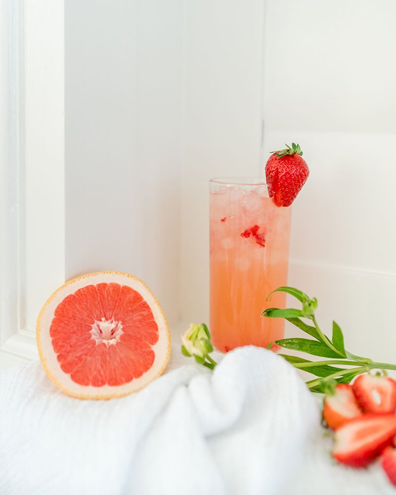strawberry grapefruit cocktail