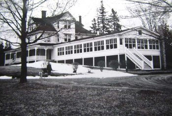 Old photo of Winchester House