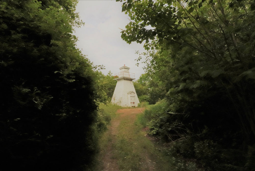 RAIL TRAIL TO WINCHESTER LIGHTHOUSE