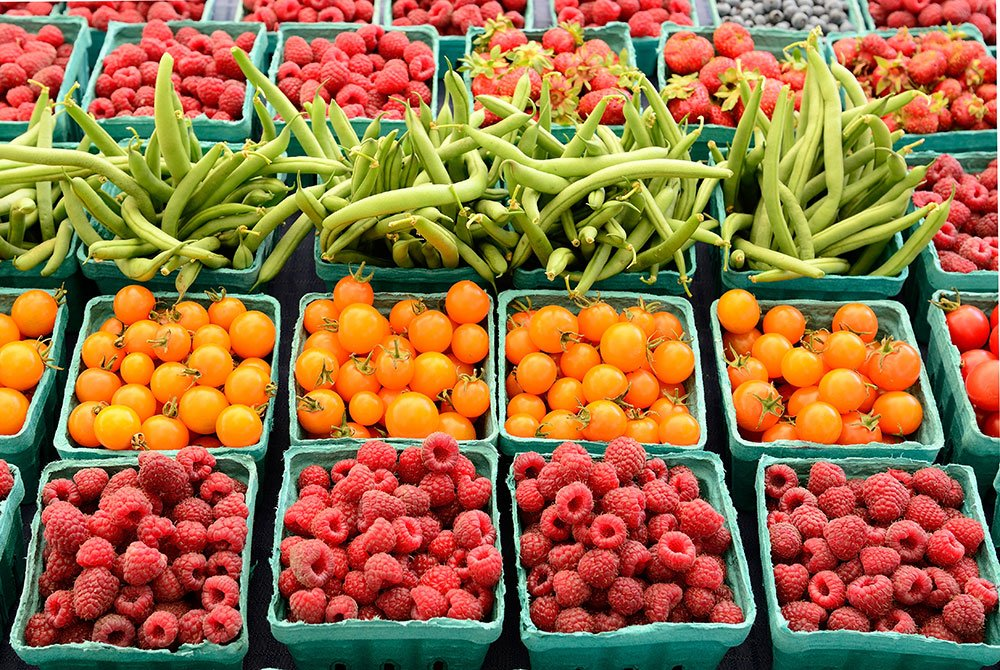 Fruit and vegetables in cartons