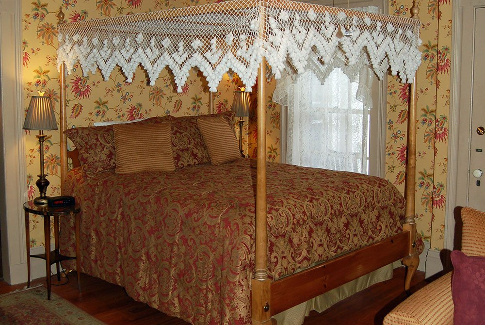 Bed in Sylvester's Study