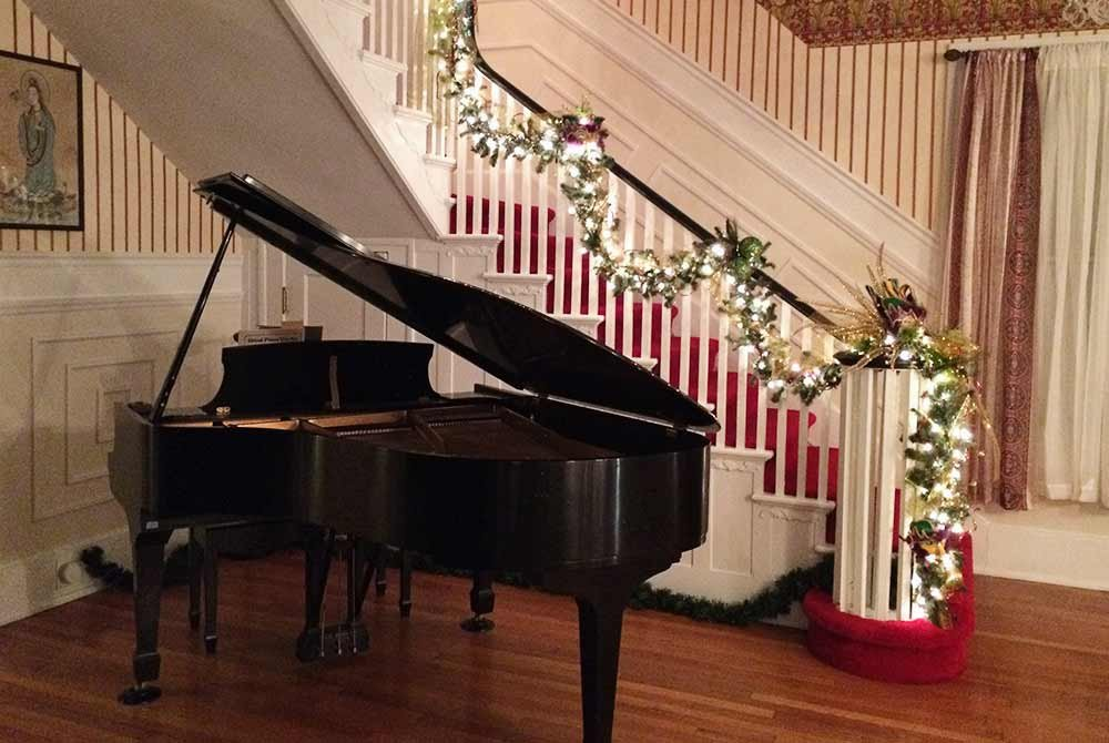 Bluefield Inn grand piano