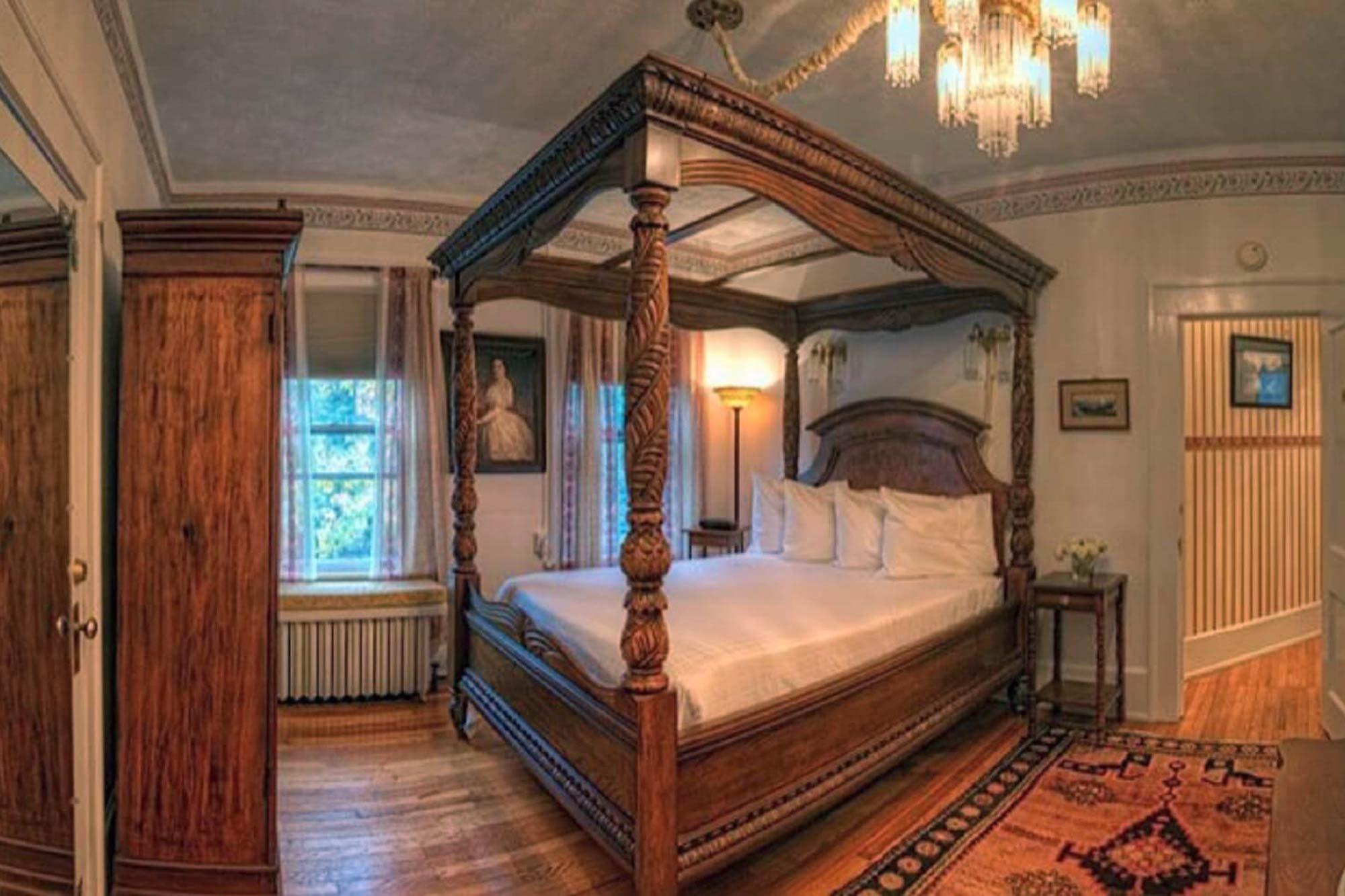 Martha Washington suite
