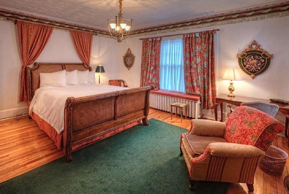 Rhett Butler suite