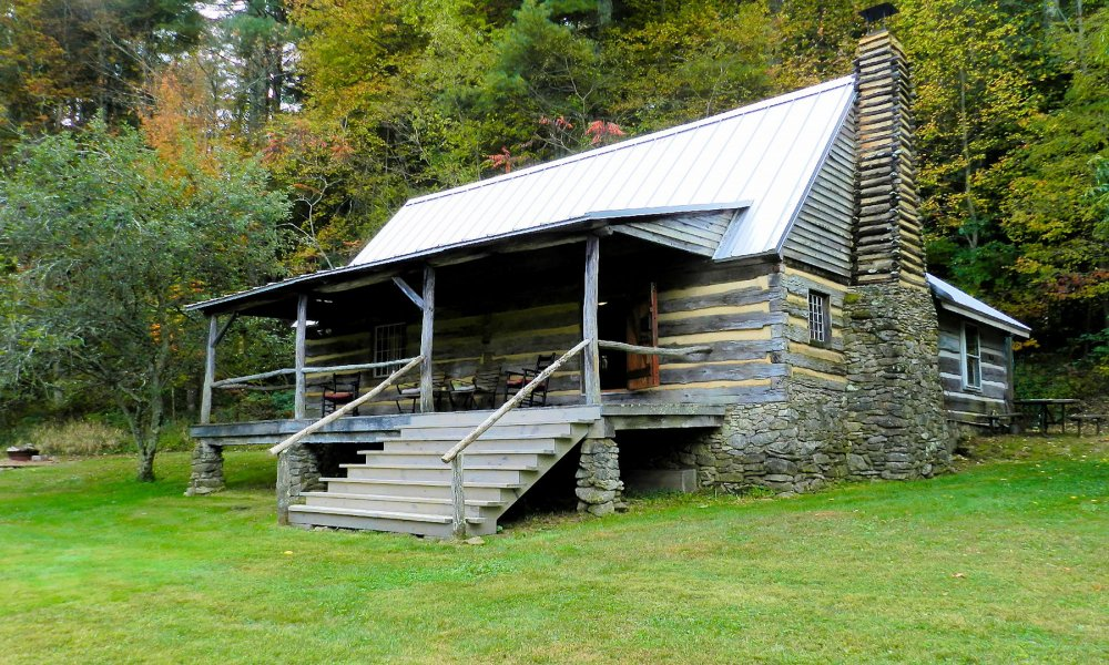 Exterior view of Pioneer Cabin