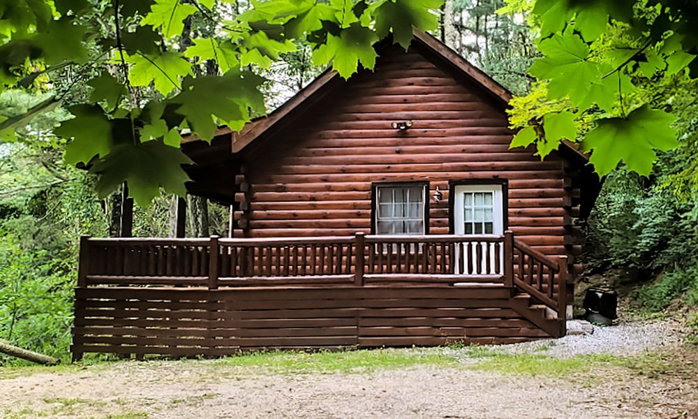 Exterior view of Seven Ridges cabin