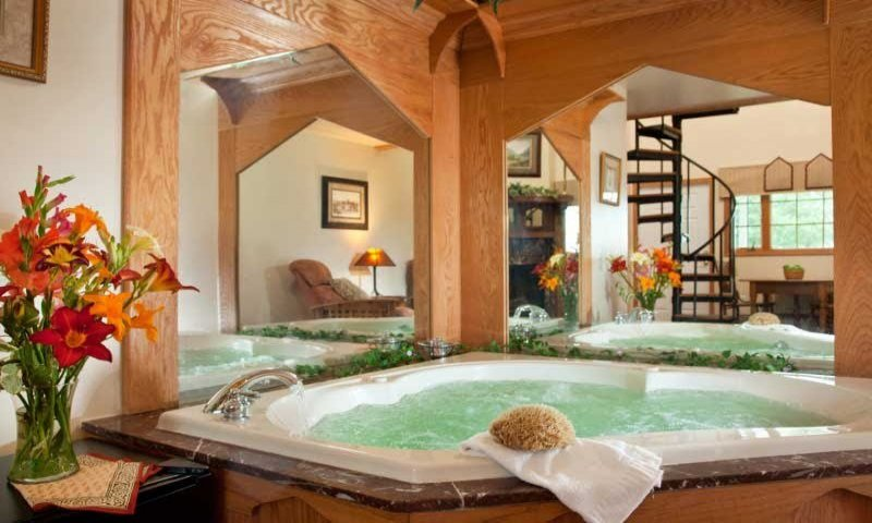 Country Oak Loft Suite