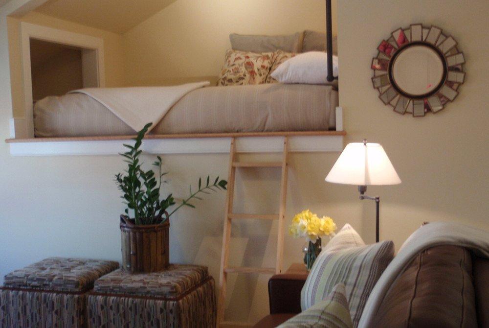 view of Zoe's Loft hotel room