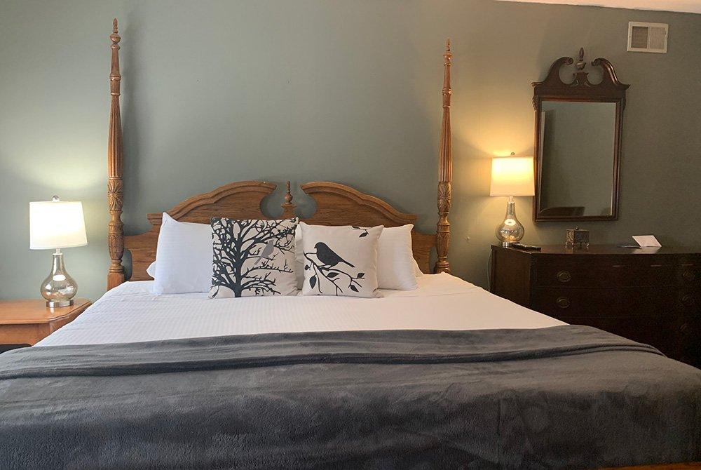 room 5b bed