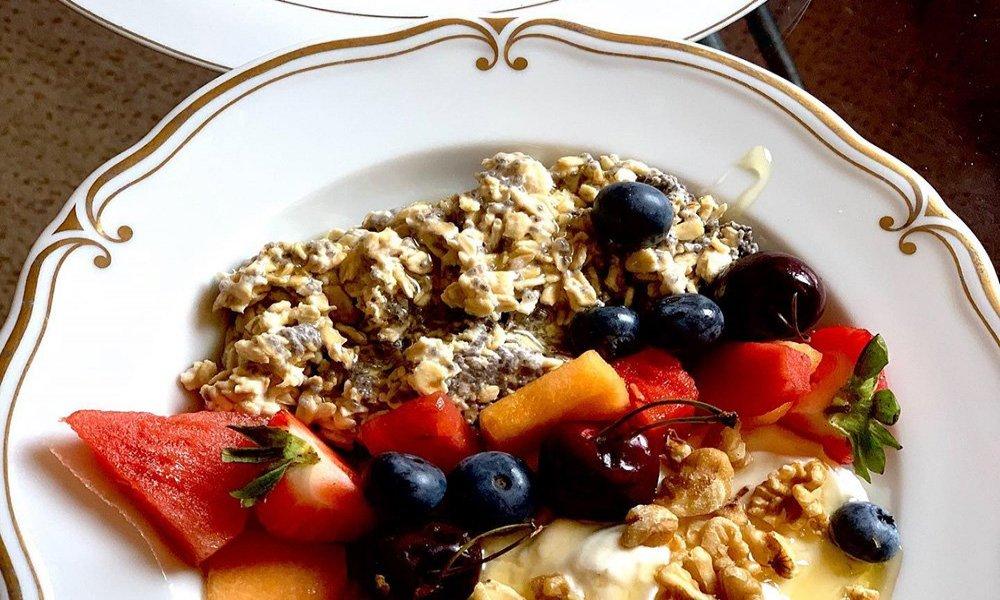 oats, fruit, yogurt