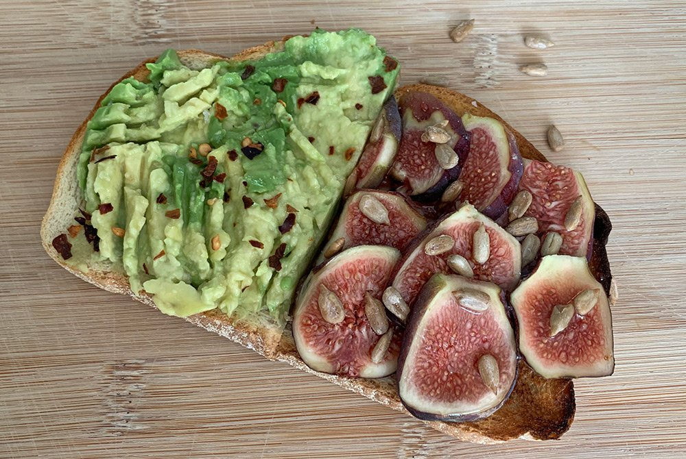 toast with avocado and figs