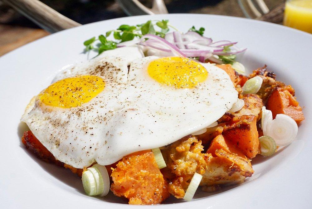 Eggs and potatos