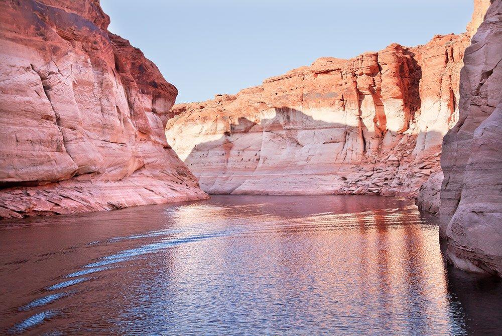 Lake forming through large canyons