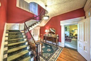 Stairs and entryway