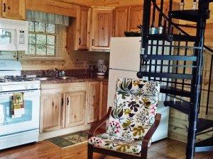 spyrock cabin living room