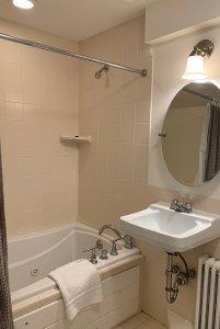 room 2 tub and vanity