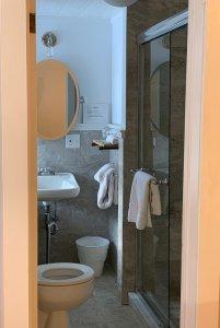 room 6a bathroom