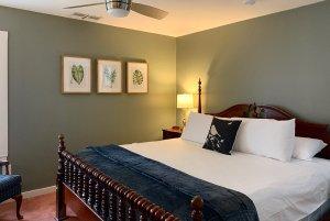 room 2 bed