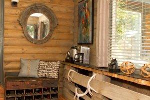 room decor by window
