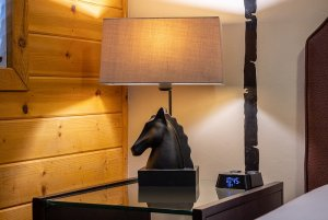Canyons Lodge deluxe double queen horse-shaped lamp
