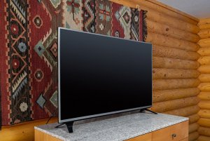Canyons Lodge deluxe double queen tv
