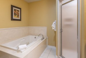 Canyons Boutique deluxe king spa tub and shower