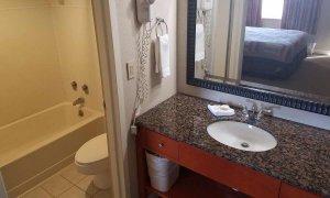 sink in king room
