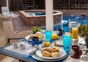 Biscuit breakfast by the pool