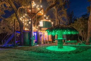 treehouse at night