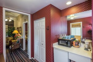 microwave and and coffee maker | The Inn at 410, within driving distance of Grand Canyon