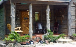Hillbilly Hiltin Cabin Porch