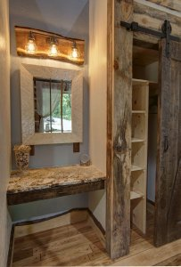Dock Holiday Cabin Vanity