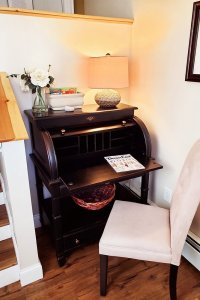 rolltop desk and chair