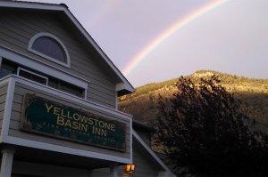 Yellowstone Basin Inn free breakfast