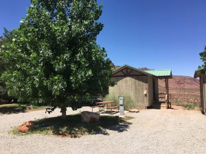 Moab Rim Campark Camping Cabins exterior