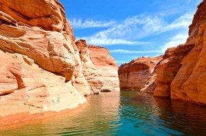 lake powell canyons