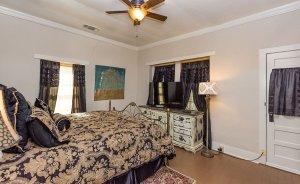 suite 1 bedroom view 2