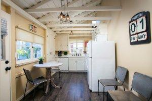 Laguna Cottages Green Cottage kitchen