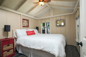 Laguna Cottages Green Cottage second bedroom