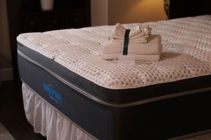 MySpine Mattress with towels