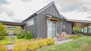 Roya Vineyard and Cottages exterior