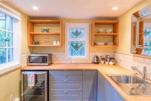 kitchenette with stained glass decor