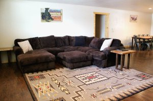 Livingroom with sectional couch