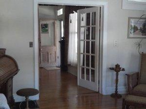 Open double doors between rooms