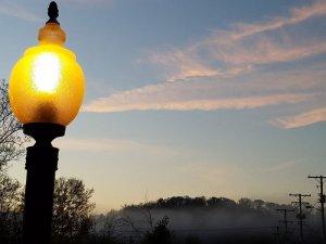Sky behind lamppost
