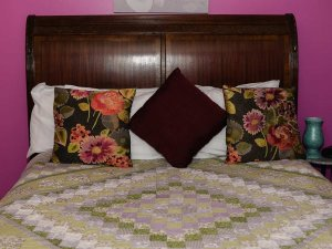 Decorative pillows on a bed