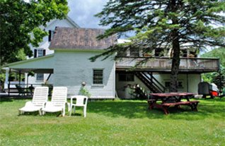 Carriage House at Weyside Inn in Big Indian, New York