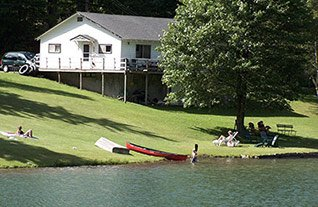 Lakeside Cottage at Weyside Inn in Big Indian, New York