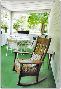 Front Porch of The Weyside Inn and Cottages in Big Indian, New York